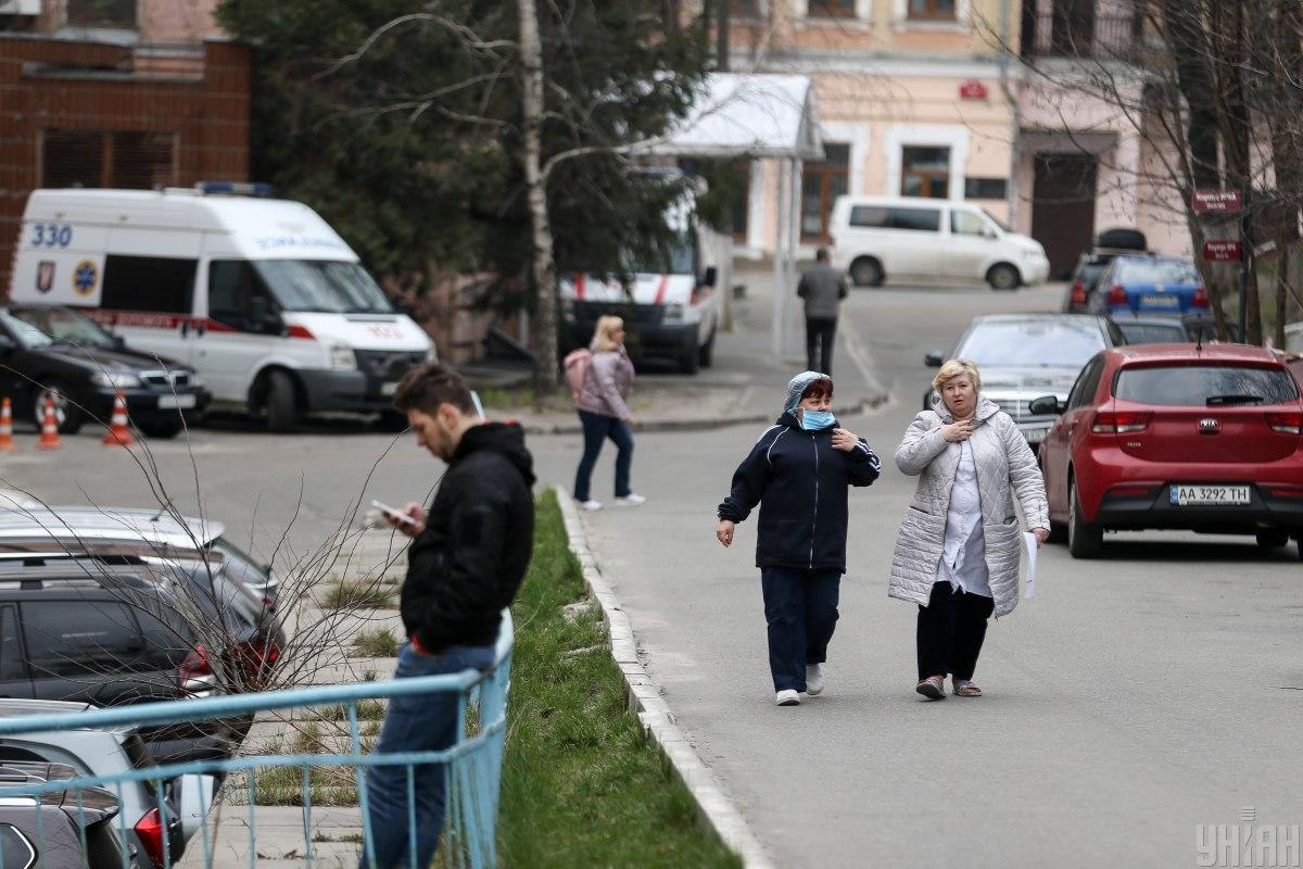 На Тернопольщине подтвердили коронавирус у медиков / фото УНИАН