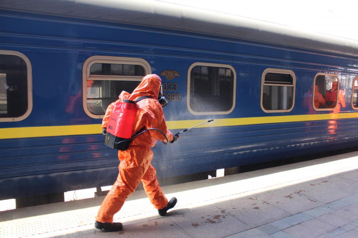 Более 700 украинцев приехали на спецпоезде из Москвы / Фото: ГСЧС