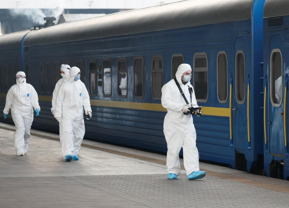 """""""Укрзалізниця"""" наразі не планує підвищувати тарифи на пасажирські перевезення / REUTERS"""