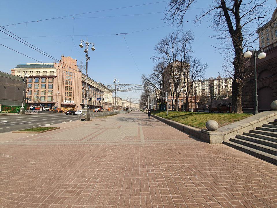 Из-за карантина люди не выходят на улицу / фото facebook.com/sergij.rudenko1