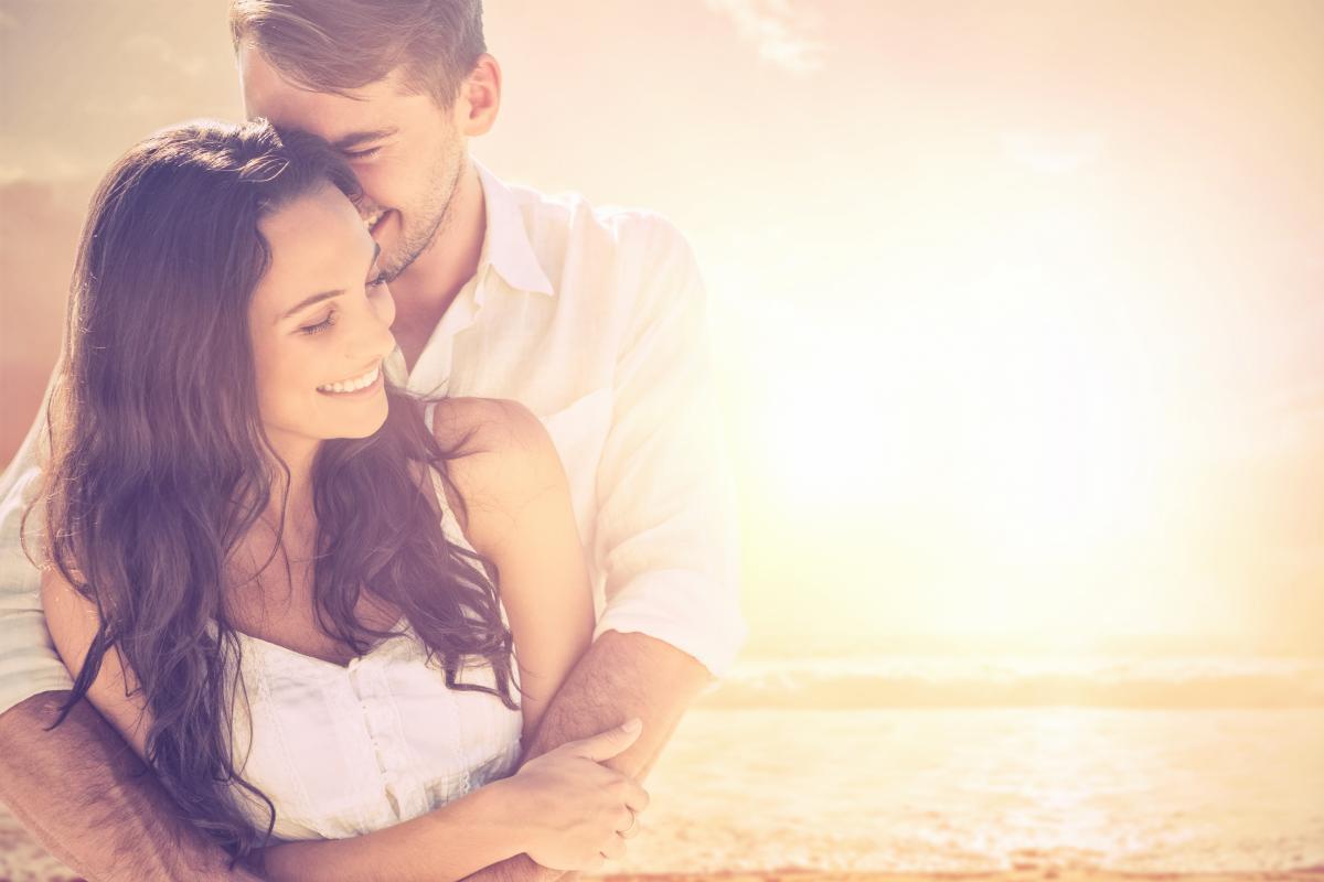 Сейчас, когда мы проводим вместе много времени, стоит обратить внимание на стадию прелюдии, говорит сексолог / ua.depositphotos.com