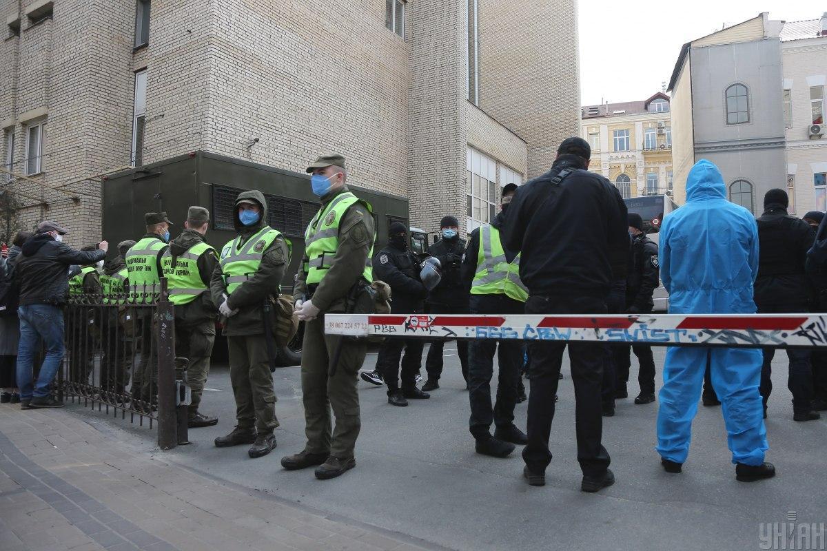 Полиция будет охранять места обсервации / фото УНИАН