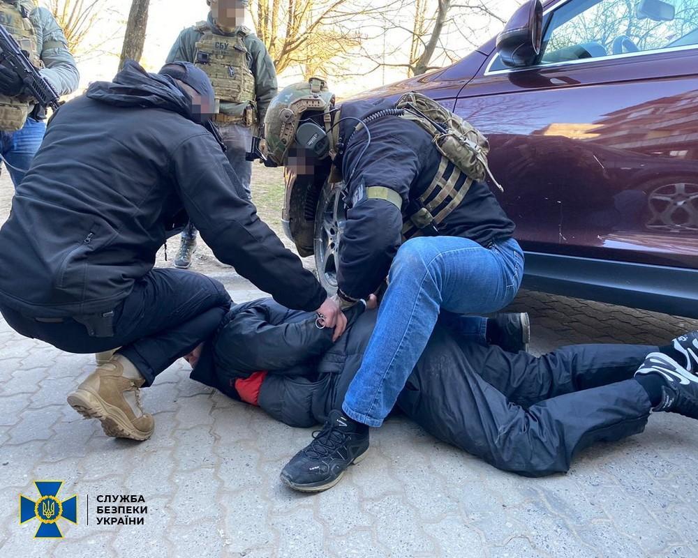 На Закарпатье СБУ задержала банду вымогателей / фото ssu.gov.ua