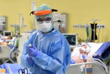 Стало известно, какими лекарствами спасают от коронавируса в Италии