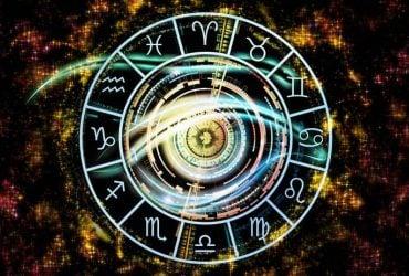 Астрологи назвали три знака Зодиака, которые разбогатеют в апреле