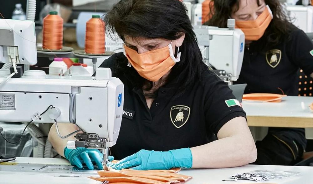 Автокомпания Lamborghini наладила выпуск медицинских масок \ lamborghini.com
