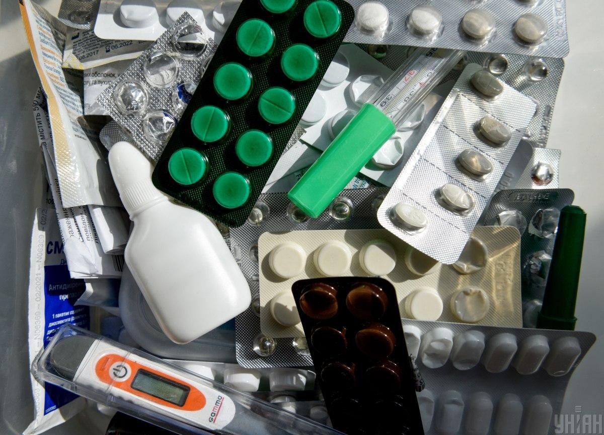 В Украине могут запретить продажу лекарств детям / УНИАН