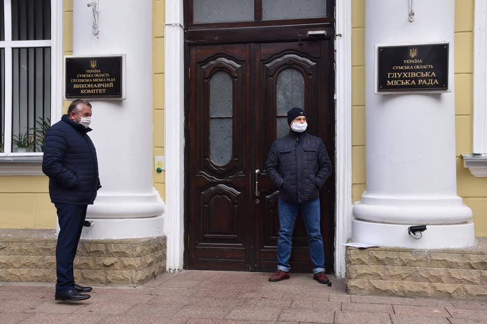 У Глухівській міській раді точиться боротьба за владу/ Facebook - Мішель Терещенко
