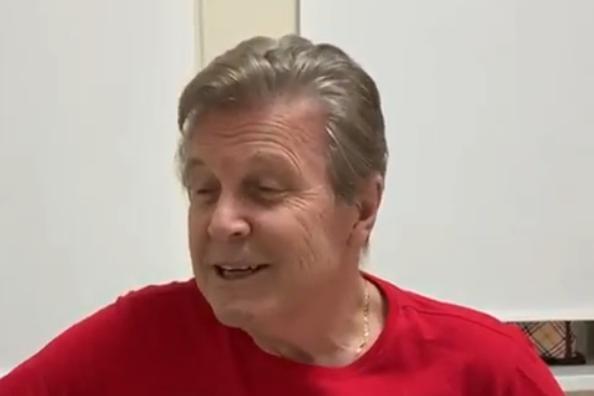 Советский певецЛев Лещенкозаписал новое видео / скриншот