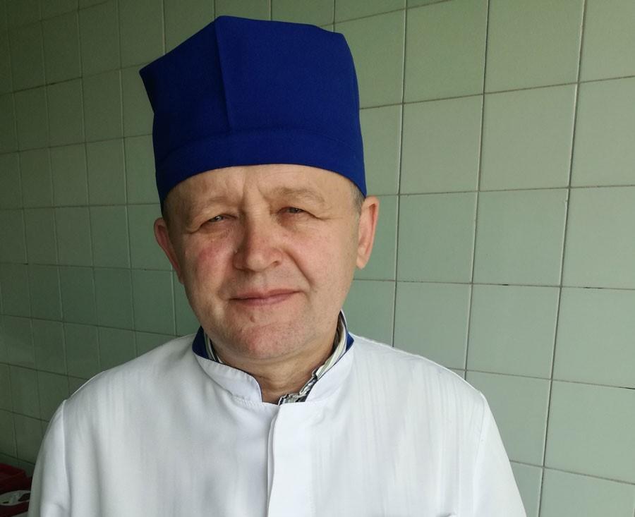 Олександр Самойленко, хірург-травматолог, доцент Луганського державного медичного університету, кандидат медичних наук