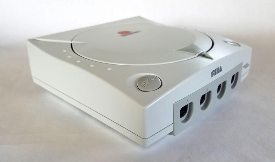 Dreamcast не выдержала конкуренции с PS2 / 8-bitcentral.com