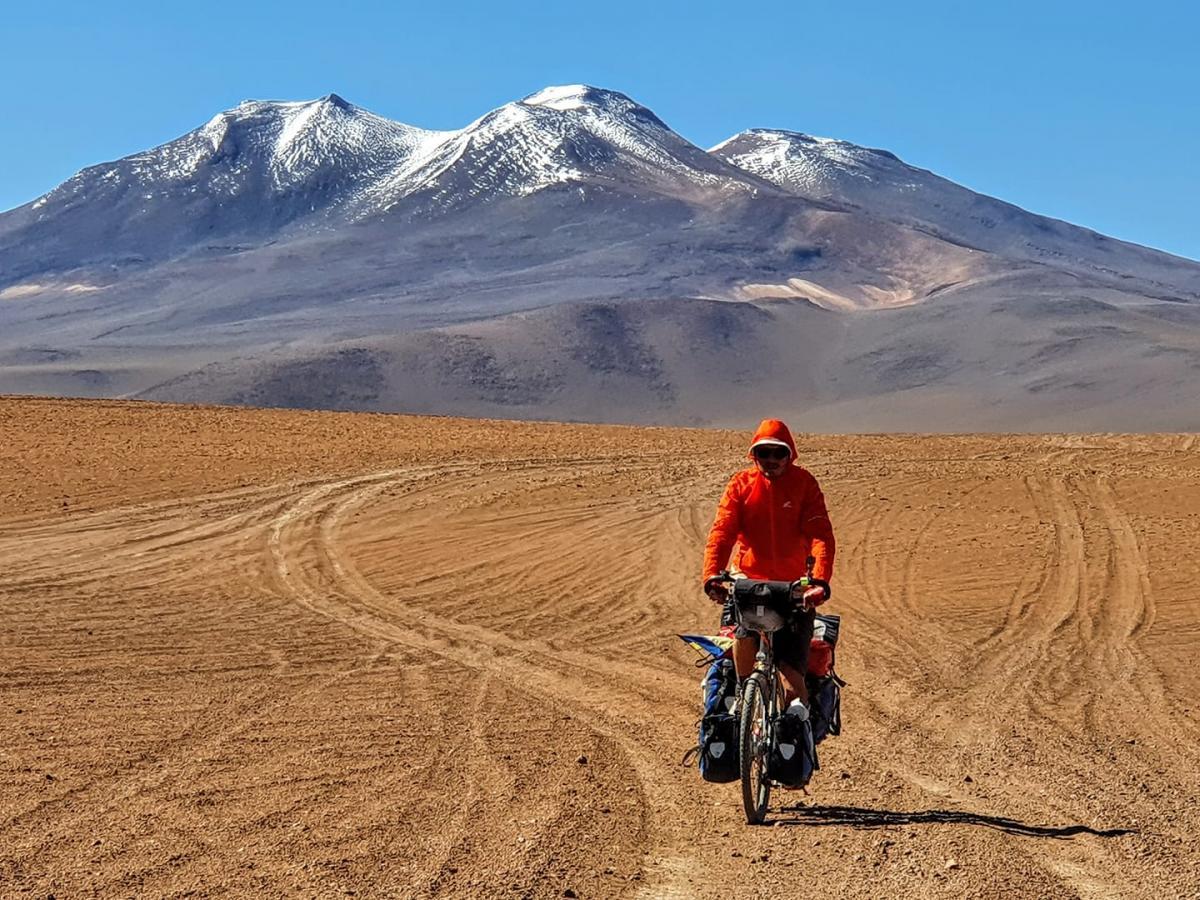 Направляясь из Чили дальше на юг, вдруг захотел немножко, километров пятьсот, проехать по расположенной рядом Аргентине / фото Руслана Верина