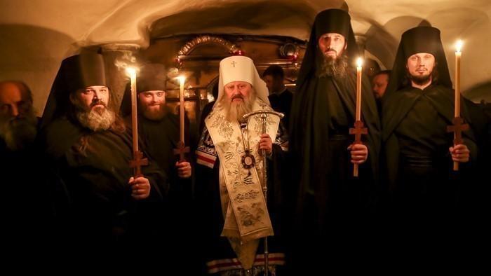 Вся братия лавры сделала тесты на COVID - 19 / Фото: lavra.ua