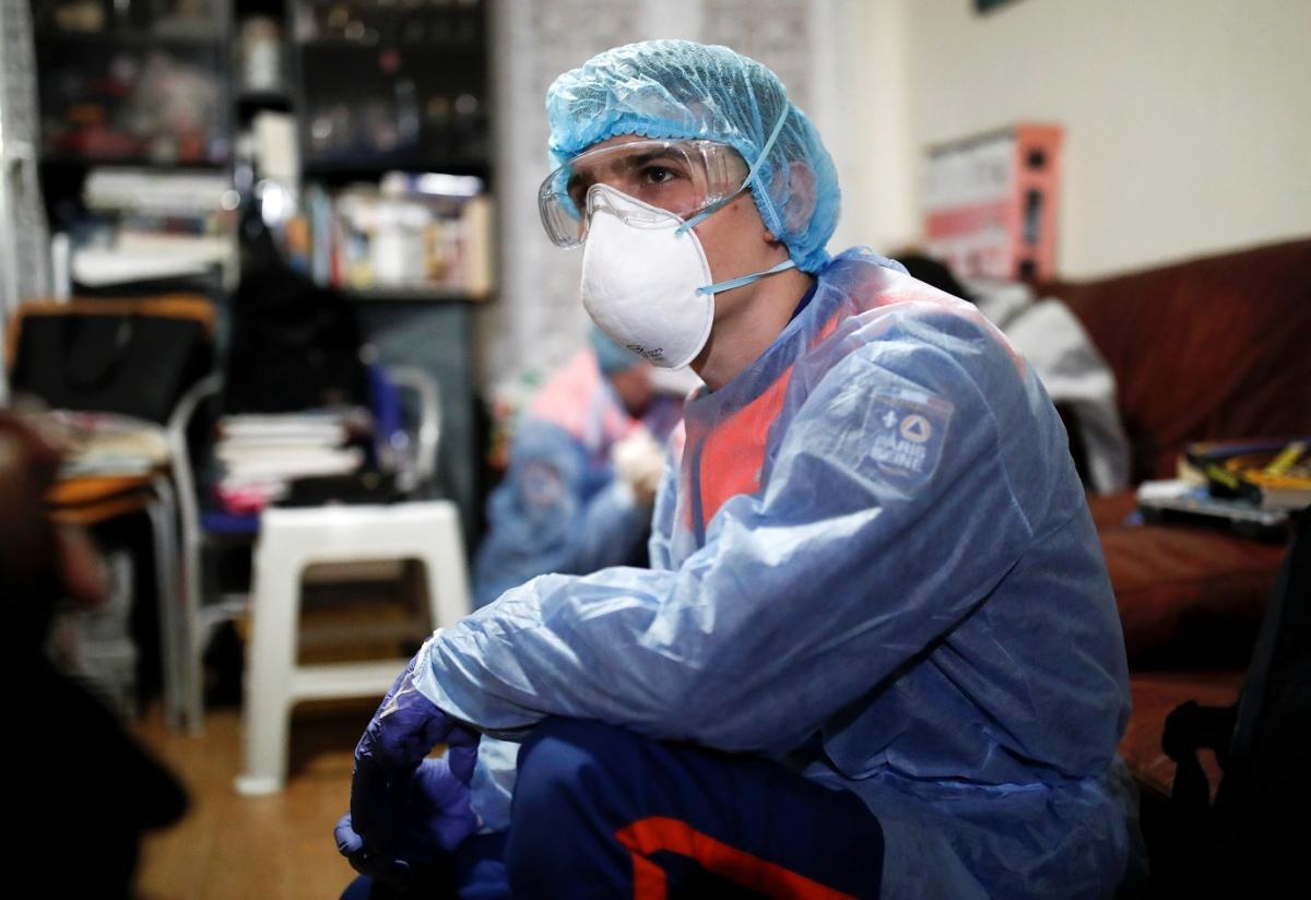 У світі продовжує збільшуватися кількість хворих на коронавірус \ фото REUTERS