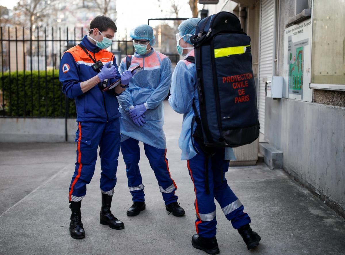В мире растет число заболевших коронавирусом \ фото REUTERS