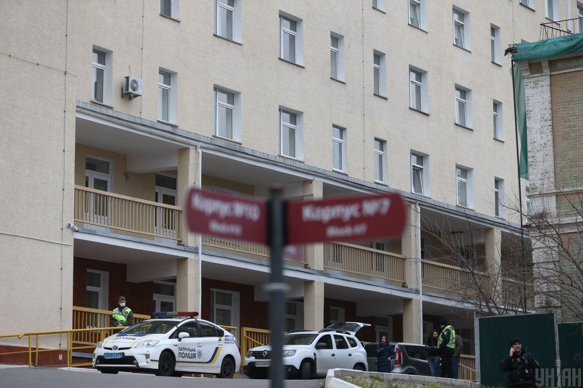 В Александровской больнице увеличивается число зараженных COVID-19 / фото УНИАН