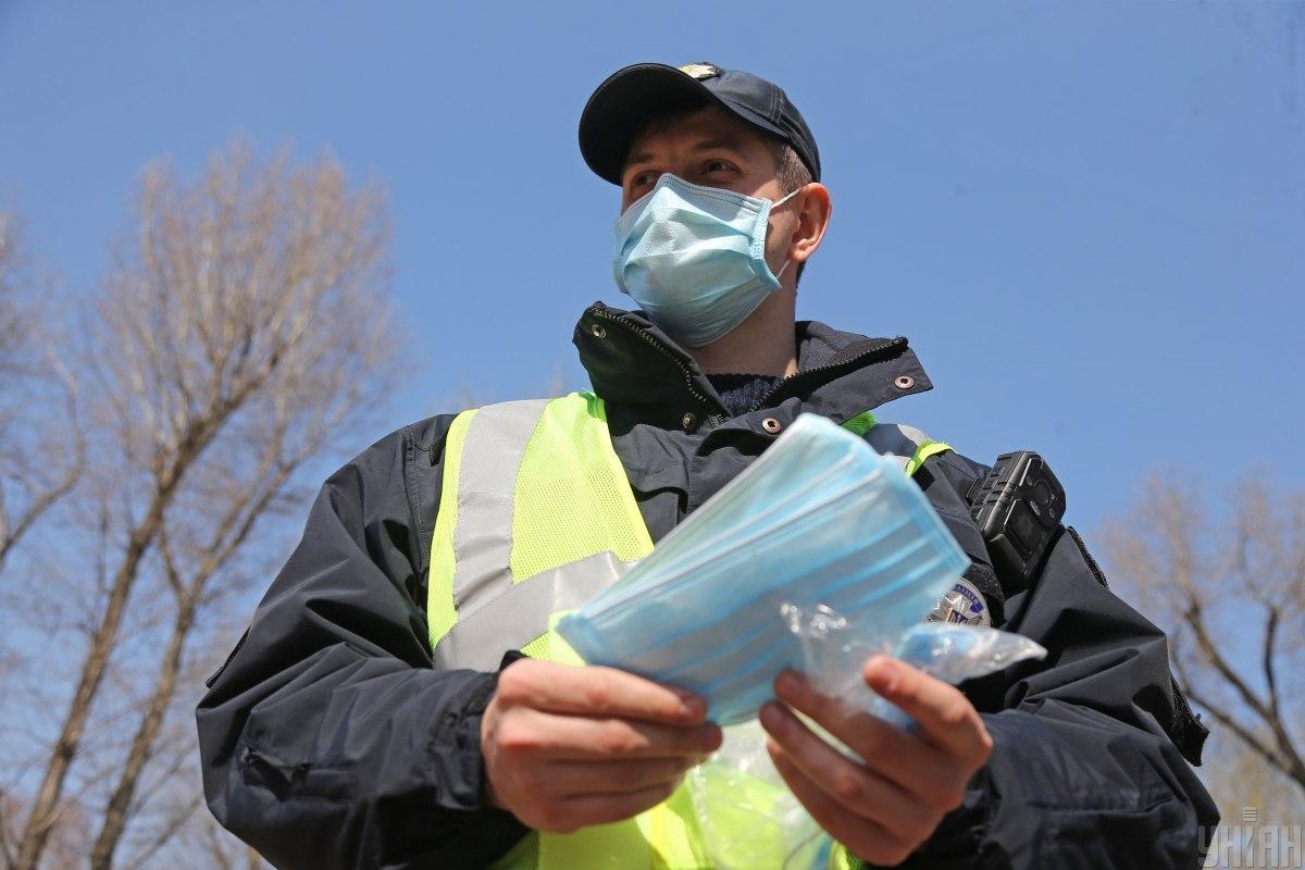 У МВС за добу зафіксовано 111 нових випадків COVID-19 / фото УНІАН