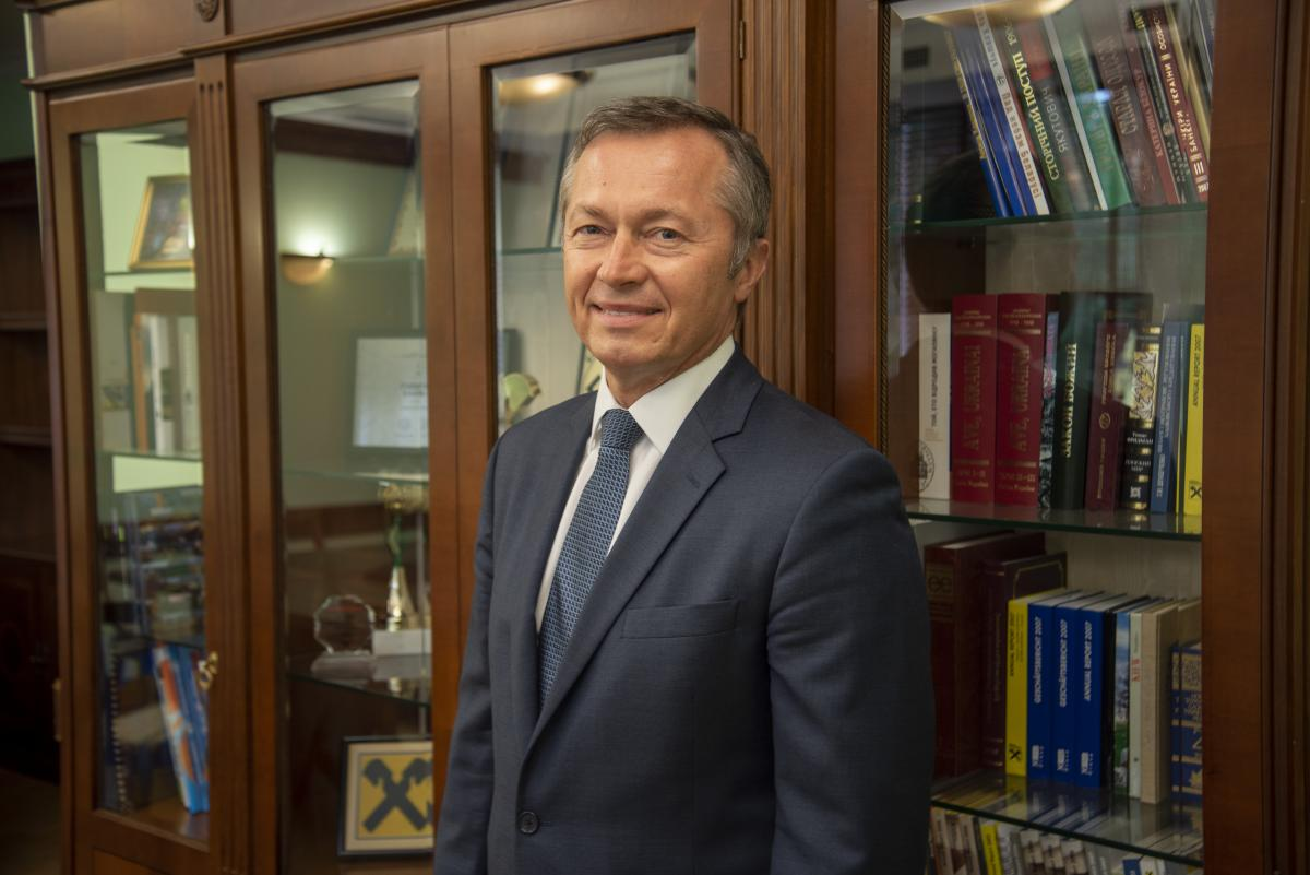 """""""Райфайзен Банк Аваль"""" карантин переживає спокійно, каже голова правління"""