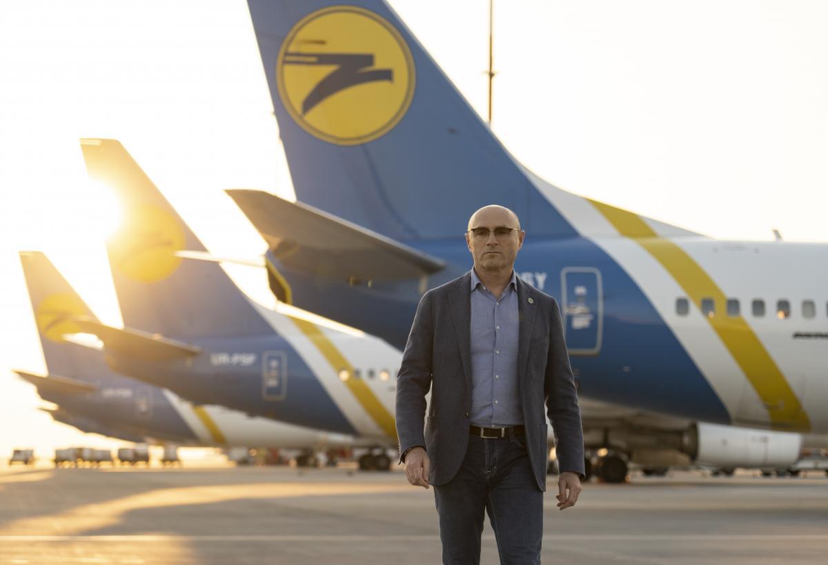 Евгений Дыхне рассказало ходе расследованиятрагедии авиалайнера МАУ в Иране/ фото пресс-служба МАУ