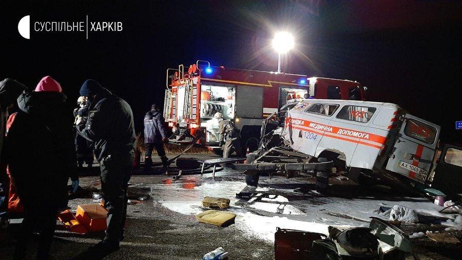 Пациентка и трое работников скорой в крайне тяжком состоянии в больнице / фото suspilne.media