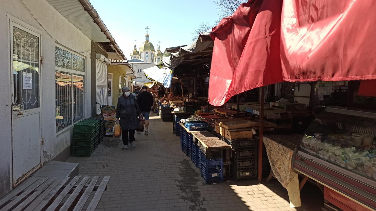 Найбільший ажіотаж на базарах у Чернівцях був минулого тижня/ фото УНІАН
