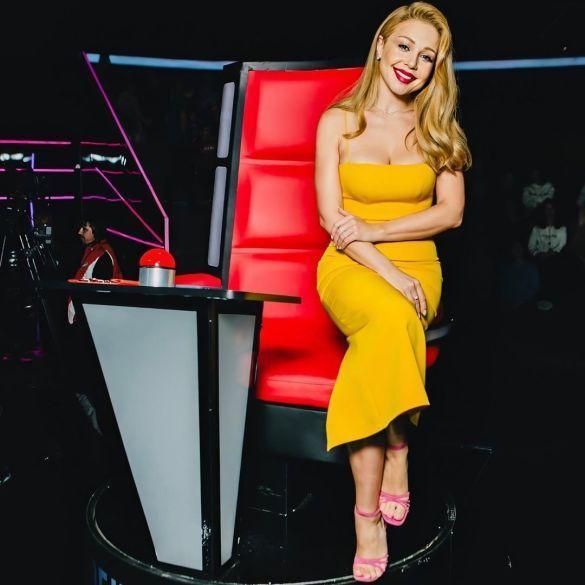 """А так співачка виглядала на зйомках шоу """"Голос"""" / Instagram фан-сторінка Тіни Кароль"""