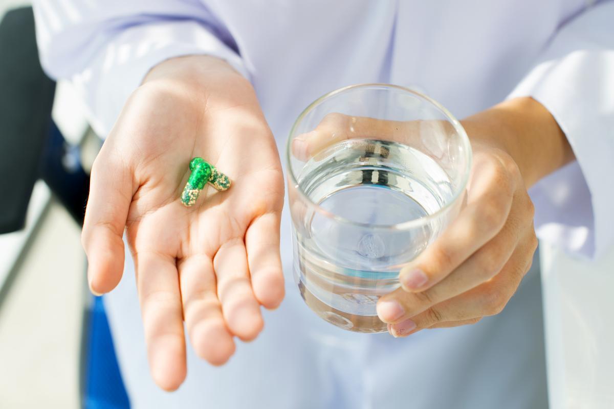 Глава Минздрава предостерег украинцев от самолечения COVID-19 препаратом, который используется при терапии ревматических заболеваний / фото ua.depositphotos.com