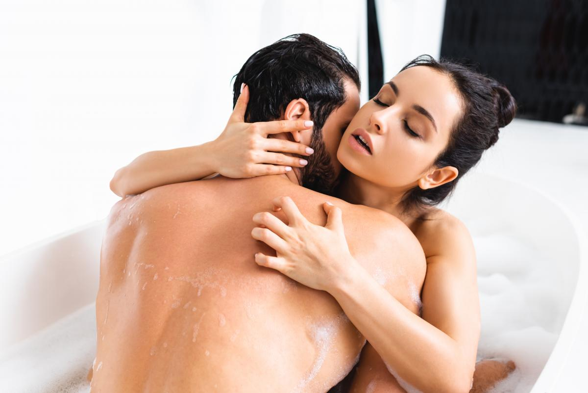 Займись сексом прямо во время проведения водных процедур / фото ua.depositphotos.com