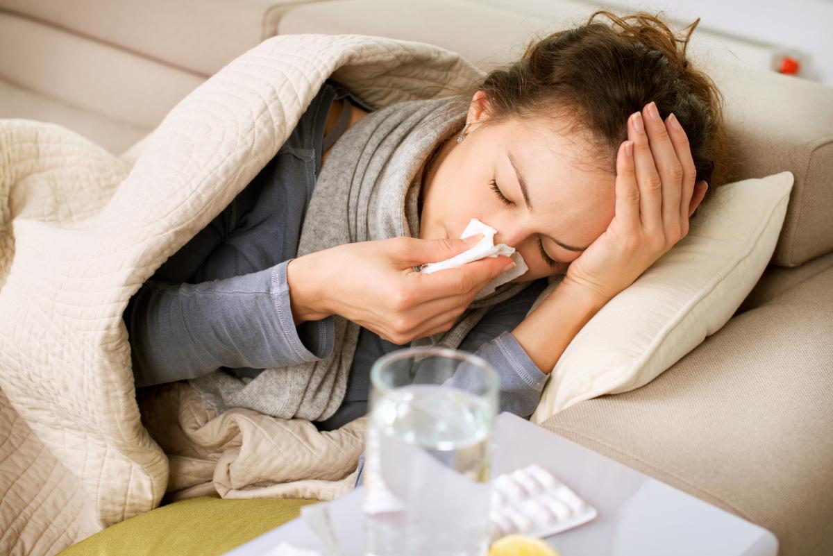 Захворюваність на га грип та ГРВІ / фото Depositphotos