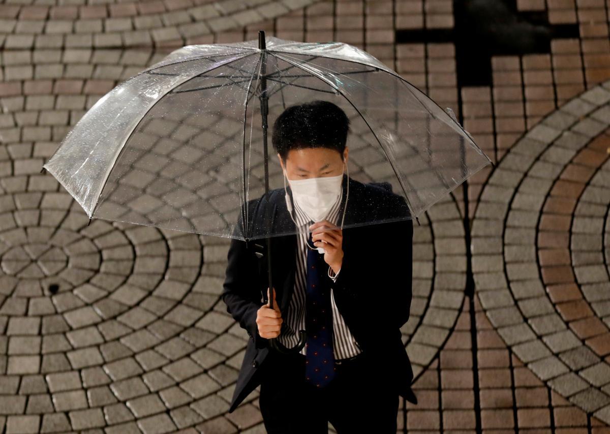 Расходы населения по итогам года на фоне пандемии коронавируса упали на 5,9%/ Иллюстрация REUTERS
