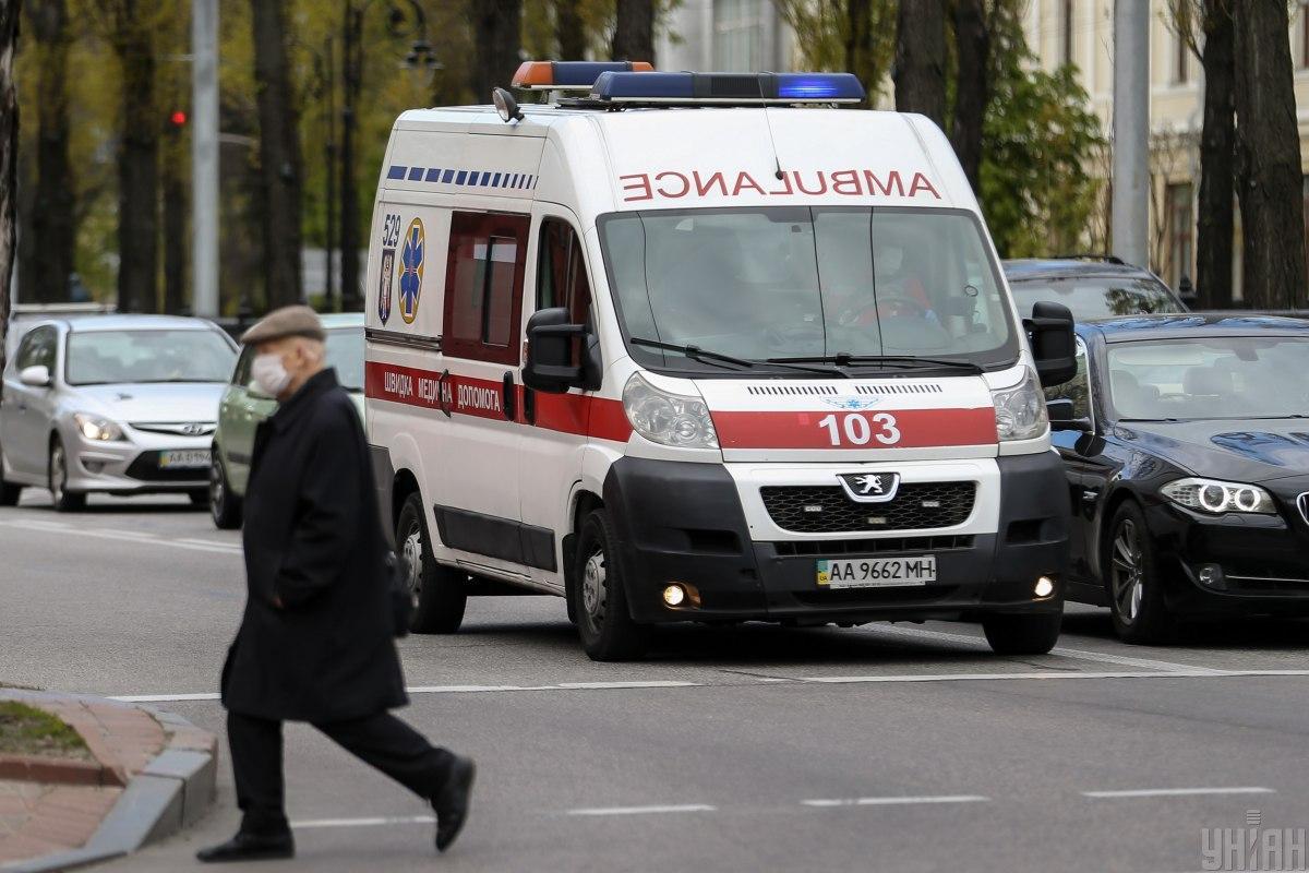 Половина из инфицированных коронавирусом в Подольске - медики / фото УНИАН