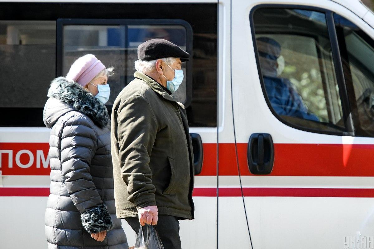 В Украине значительно возросло количество больныхкоронавирусом / фото УНИАН