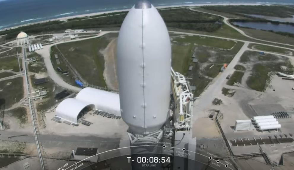 Falcon успешно вывела на орбиту 60 спутников Starlink \ скриншот с видео