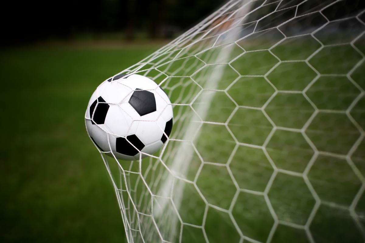 Коронавирус парализовал футбол и до сих пор нет ясности, когда клубы вернутся к нормальной жизни / фото depositphotos.com