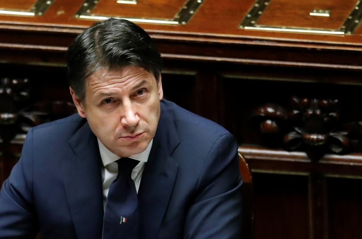 Джузеппе Конте - ANSA: прем'єр Італії подав у відставку / Reuters
