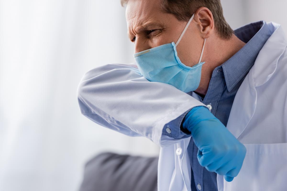 В Украине удалось снизить уровень заболеваемости COVID-19 среди медиков / фото ua.depositphotos.com