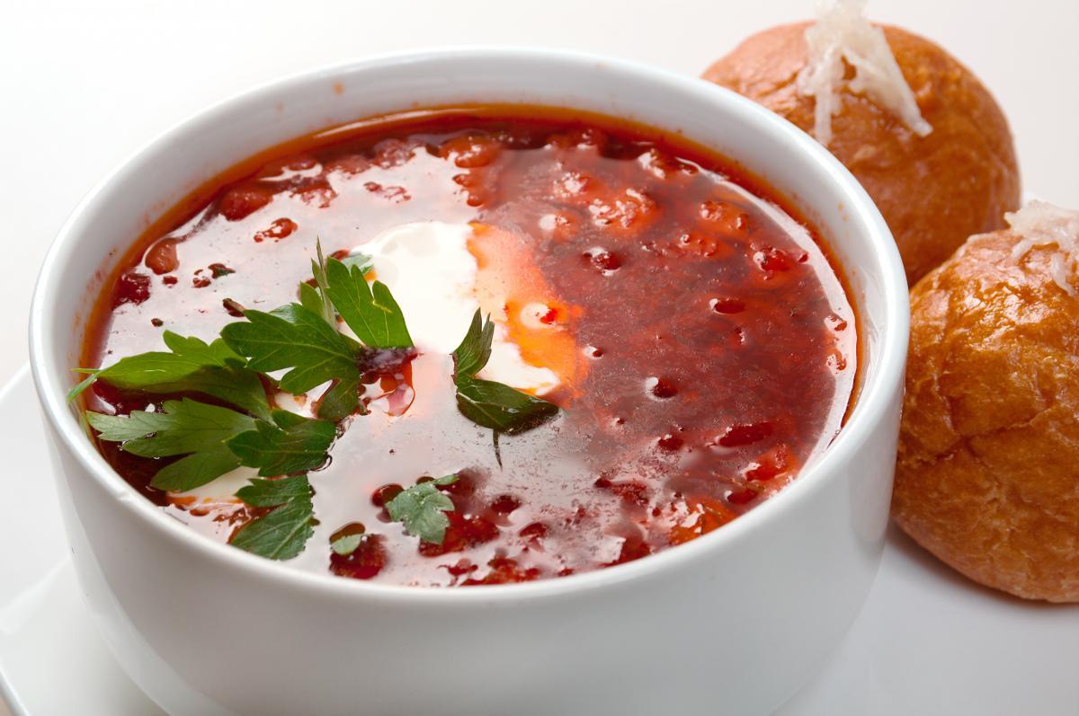 Видання CNN включило український борщ в список найкращих супів світу/ ua.depositphotos.com