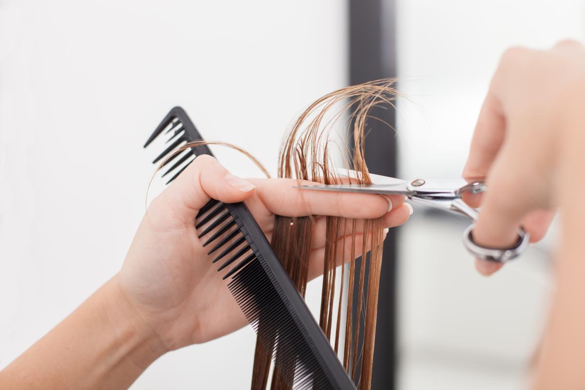 В Черновцах заработают парикмахерские и стоматологические кабинеты / Фото: ua.depositphotos.com