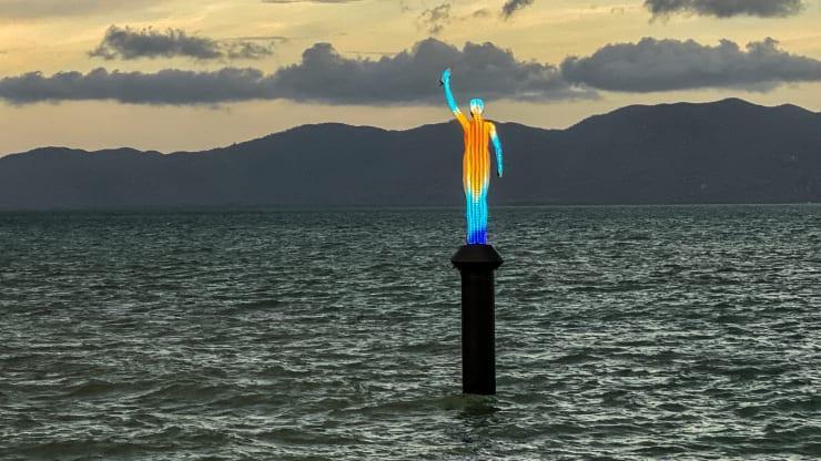 Статуя «Океанская Сирена» / Фото cnbc.com / Jason deCaires Taylor