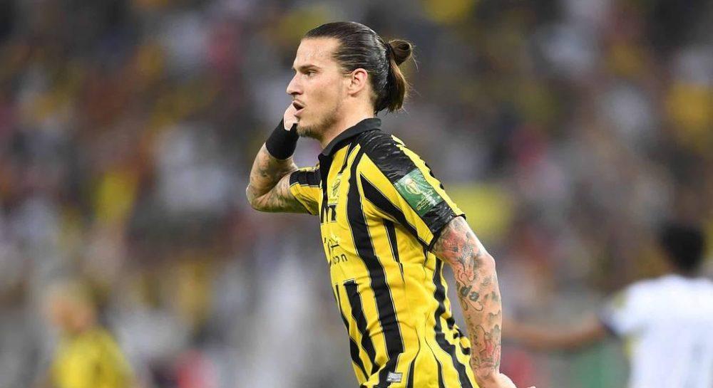 Футболист сборной Сербии получил приговор за нарушение карантина