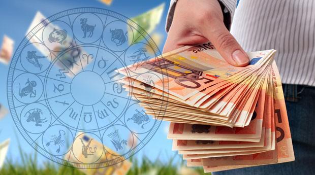 Финансовый гороскоп на октябрь 2021 / фото slovofraza.com