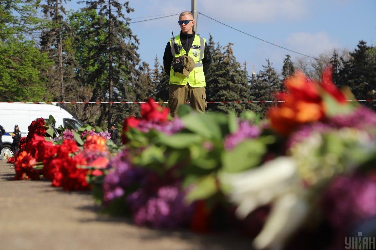 2 мая 2014 года в Одессе в результате массовых беспорядков с участием пророссийских и проукраинских активистов погибло 48 человек / Фото УНИАН
