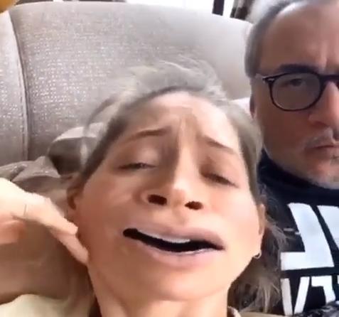 Брежнева записала смешное видео / скриншот