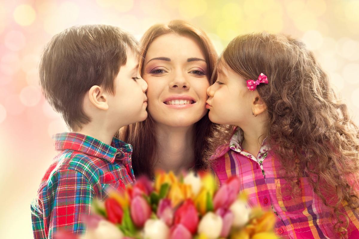 Коли День матері дата фото ua.depositphotos.com