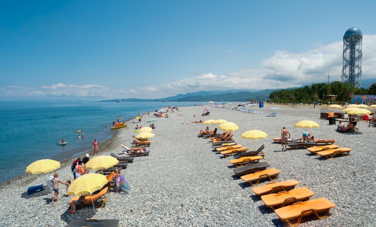 Грузинський Батумі готується приймати туристів / Фото Depositphotos