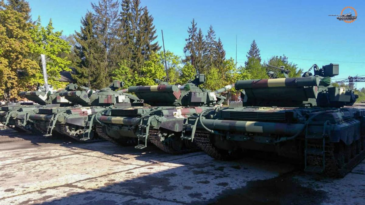Танки восстанавливали в условиях карантина / Укроборонпром