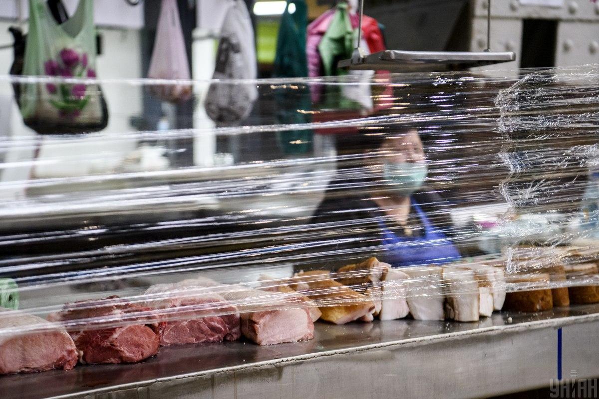 В Киеве после карантина возобновил работу Бессарабский рынок / фото УНИАН