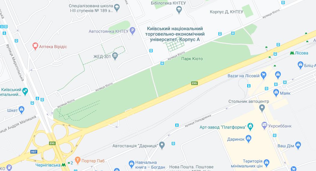 Парки Києва на карті: парк Кіото знаходиться біля метро Лісова / Києві Google Maps