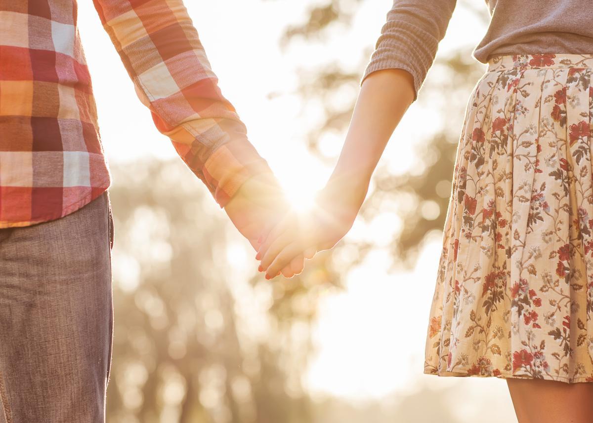 7 ознак того, що хлопець закоханий в тебе / фото ua.depositphotos.com