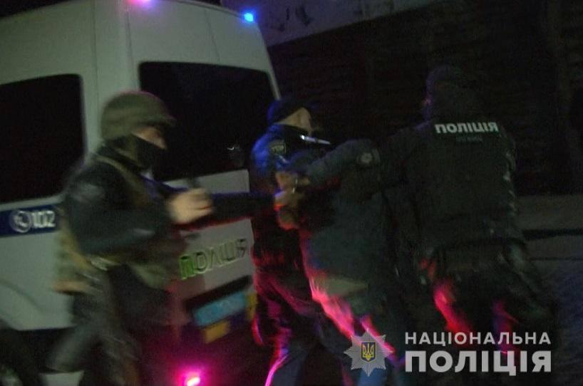 Полиция задержала злоумышленника, угрожавшеговзорвать ресторан на Львовщине / фото facebook.com/MVS.LVIV
